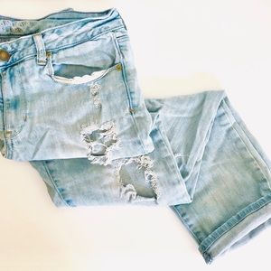 AMERICAN EAGLE AEO Skinny Stretch Distressed Jeans